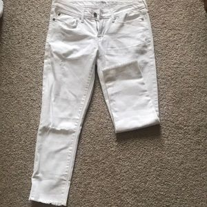 White Levi's Low Raise Straight Jeans